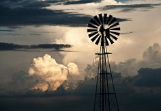Freestate sunset windmill by Charl Durand, via Flickr Country Farm, Country Living, Farm Windmill, Windmills, Afrikaans, Farm Life, Pet Portraits, 18th Century, Sunsets