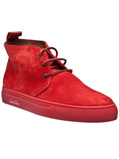 Kenzo, Nike, Adidas & Vans are just some of the greats to feature in our men's collection of low-tops at Farfetch. Sock Shoes, Men's Shoes, Shoes Sneakers, Chukka Shoes, Dress Up For Boys, Mens Boots Fashion, Fitness Fashion, Footwear, Men's Style