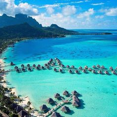 InterContinental Bora Bora Le Moana Resort, Bora Bora, islas de la Sociedad, Polinesia francesa #borabora #intercontinental #polinesia http://www.pandabuzz.com/es/imagen-ensueno-del-dia/bungalows-playa-intercontinental-bora-bora-polinesia