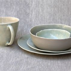 Sonoma Mist, 5 Piece Set | Adorno #tabletop #adornomag #home #shopadornomag #picoftheday #luxurylife #shopthelook #Sonomamist #ceramic #plates #mug #ricebowl #dessertbowl #sideplate #dinnerplate