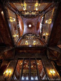 Gaudi. Barcelona, the incredible interior of Palau Güell ( 1886-8 ) !!! Barcelona , Spain !!! Flickr - photo sharing !!
