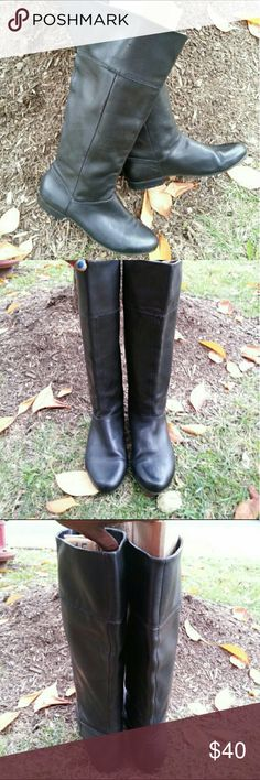 FIRM  Steve Madden Leather Riding Boots No scratches or scuffs. Price is firm genuine leather Steve Madden Shoes