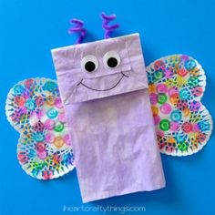 animal crafts for kids I have another fun Paper Bag craft to share with you today. This time we made a colorful paper bag butterfly kids craft, a perfect afternoon craft for sprin Spring Crafts For Kids, Daycare Crafts, Fun Crafts For Kids, Arts And Crafts Projects, Summer Crafts, Toddler Crafts, Preschool Crafts, Projects For Kids, Craft Kids