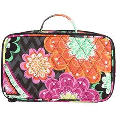 Vera Bradley Blush and Brush Makeup Case in Ziggy Zinnia ($29) ❤ liked on Polyvore featuring beauty products, beauty accessories, bags & cases, ziggy zinnia, purse makeup bag, makeup bag case, travel toiletry case, travel kit and travel bag