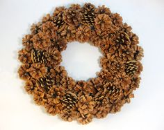 How to Make a Pinecone Wreath - this is the best tutorial I've found, using a wide wire wreath form, wire, pliers and lots of pinecones + post shows wreaths that were spray painted and decorated - via Another Bright Idea Pine Cone Crafts, Wreath Crafts, Diy Wreath, Burlap Wreath, Paper Crafts, Wire Wreath Forms, Do It Yourself Inspiration, Style Inspiration, Pine Cone Decorations
