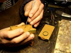 ▶ Casting silver in Delft clay-sand casting, pt 1. - YouTube
