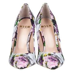 MSGM FLORAL PRINT CANVAS PUMPS ❤ liked on Polyvore featuring shoes, pumps, heels, sapato, flower print shoes, pointed toe high heel pumps, floral print shoes, floral heels shoes and floral shoes