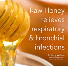 Raw honey relieves respiratory and bronchial infections. Raw honey relieves respiratory and bronchial infections. Health Facts, Health And Nutrition, Health And Wellness, Health Fitness, Holistic Nutrition, Simply Health, Oral Health, Health Diet, Natural Medicine
