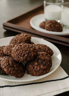 Chocolate Oatmeal Cookies - @Liren Baker | Kitchen Confidante