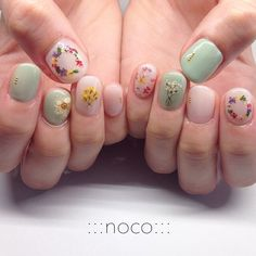 "64 Likes, 3 Comments - :::nail room noco::: (@noco_nail) on Instagram: ""お花イロイロ…"""