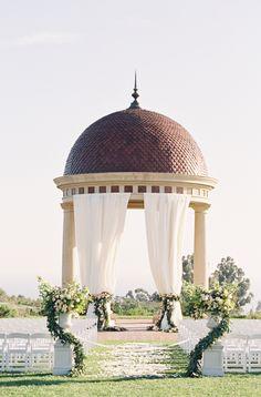 California ceremony: http://www.stylemepretty.com/2015/09/08/california-pastel-garden-inspired-wedding/ | Photography: Michael Radford - http://www.michaelradfordphotography.com/