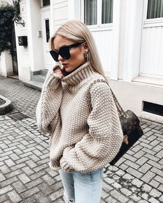 winter outfits cold Winteroutfit-Inspiration, um I - winteroutfits Mode Outfits, Casual Outfits, Fashion Outfits, Womens Fashion, Fashion Trends, Trending Fashion, Dress Casual, Fashion Boots, Fashion Ideas