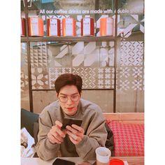 """90.5 mil Me gusta, 782 comentarios - 홍종현 (@hjonghyun) en Instagram: """"오랜만에 #i'mc #maska"""""""