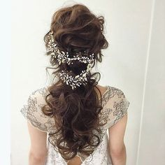10 Most Amazing Wedding Hairstyles To Look Stunning During Your Weddings Wedding Party Hair, Hairdo Wedding, Wedding Hair Down, Wedding Hair And Makeup, Bridal Hair, Hair Makeup, Wedding Hair Pieces, Dress Hairstyles, Bride Hairstyles