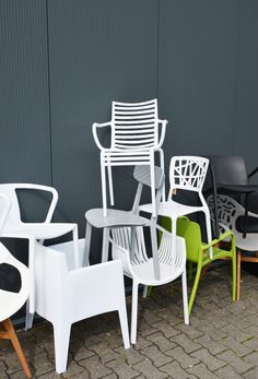 Design Tuinstoel HOKKSUND zwart Find this Pin and more on Tuinstoelen by woonloodz