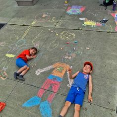 Port Credit Residences in Mississauga is missing all their wonderful volunteers. Thankfully this young pair popped by to draw a chalk photo for all the residents to admire 😊 #vervecares #community #appreciation #art #volunteers Chalk Photos, Wellness Activities, Emergency Response, Senior Living, Volunteers, Appreciation, Kids Rugs, Community, Draw