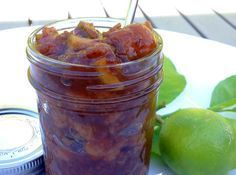 Feijoa Chutney - Cave Girl New Zealand — Eating Clean, Living Paleo - Paleo Recipes Fejoa Recipes, Guava Recipes, Canning Recipes, Great Recipes, Recipies, Vegan Recipes, Favorite Recipes, Kiwi Fruit Chutney, Fruit Chutney Recipe