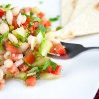 Salata de fasole alba Romanian Food, Tortillas, Cantaloupe, Good Food, Anna, Ethnic Recipes, Salads, Mince Pies, Healthy Food