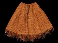 Finely Woven Northwest Coast Cedar Bark Cape 28  W. 21  H.  Good Condition