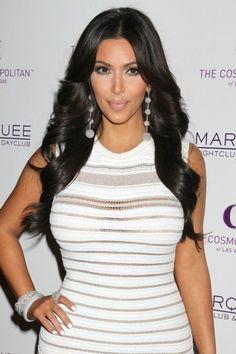 Kim Kardashian's long, loose curls for oblong faces