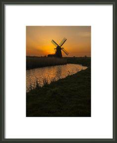 Suffolk Windmill Framed Print By Gary Walker