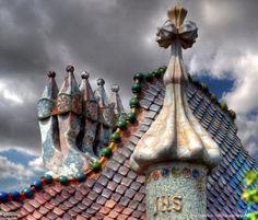 Casa Batllo, Gaudi, Barcelona - (CC)MorBCN - www.flickr.com/photos/bcnbits/2144227337/in/set-72057594081448305