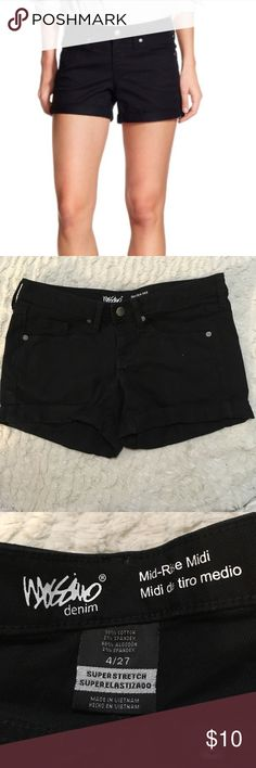 Mossimo mid rise midi black jean shorts size 4 Mossimo mid rise midi black shorts size 4/27. Like new. Inseam measures 3.5 inches. Mossimo Supply Co. Shorts