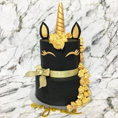 "455 Likes, 1 Comments - Enjoué  (@enjoue.sg) on Instagram: ""Unicorn de Gold upsized! #enjouedesserts #enjouesg #enjoueunicorncollection #enjoueunicorncake…"""