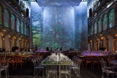 National Geographic Event: themed elements with 80' projection screen