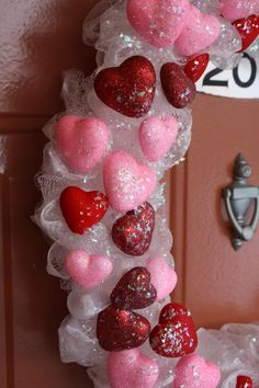 Keeping Up With The Cyperts: DIY {Dollar Tree} Valentine's Wreath