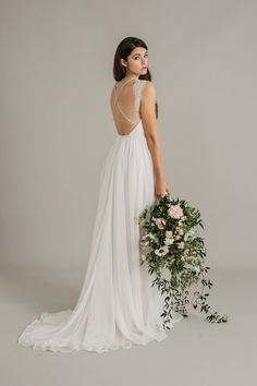 Sally+Eagle+Wedding+Dress+Collection+2017+Paige.+back