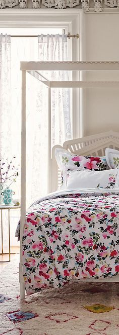 Lace Work Bed