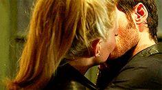 Captain Hook Emma Swan Killian Jones Colin O'Donoghue Jennifer Morrison 4x4 Once Upon A Time If you take place like thanks Miriam