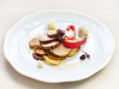 Helstekt svinefilet med grønnsaker og ovnsbakte poteter