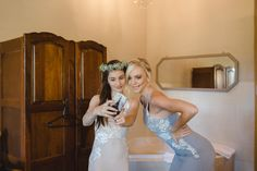 Bridesmaids dresses Selfie