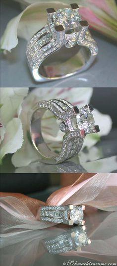 High-end Diamond Solitaire Ring, 3,92 cts, G - I1/SI, WG-18K - Visit: schmucktraeume.com - Like: https://www.facebook.com/pages/Noble-Juwelen/150871984924926 - Mail: info@schmucktraeume.com