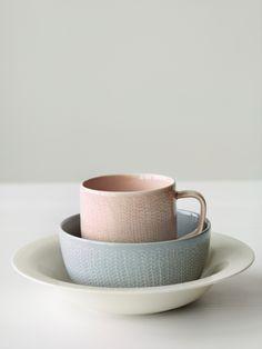 Home Design Inspiration For Your Living Room Pantone 2016, Ceramic Pottery, Ceramic Art, Design3000, House Design Photos, Paperclay, Küchen Design, Design Ideas, Pretty Pastel