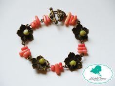 Bratara Pietre semipretioase: quartz roz si jade verzi Accesorii bronz: tip floare