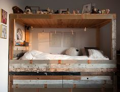 Roos Children's Bed by Piet Hein Eek, from home of musician Hans Liberg