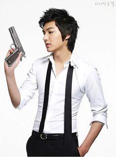 Year 2010: #CREATIVE #ART:on PHOTO from #ETUDE EtudeHouse #Advertisement : Korean #Actor #LeeMinHo (Cr: #Minoz  Tag  Post: 13 June 2010)
