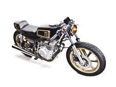 Racing Cafè: Yamaha XS 400 1977 by MotoHangar - Racing Cafe