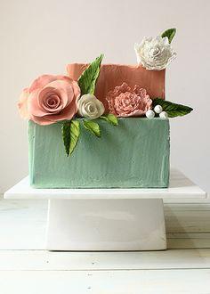 Square cake/ Torta cuadrada Le Cordon Bleu, Cl, Wedding Cakes, Tableware, Desert Recipes, Tortilla Pie, Pastries, Square Cakes, Home Made