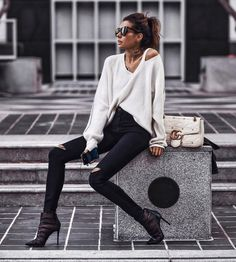 Erica Hoida • Fashioned Chic (@fashionedchicstyling) • Instagram photos and videos