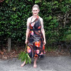 Explore my Holiday and Weekend Style. From the beach, to Vintage and hitting the Raglan Artist Trail. Prints, Maxi Skirts and of course Pink! Weekend Style, Holiday Fashion, Wrap Dress, Photoshoot, My Style, Lady, Artist, Skirts, Pink