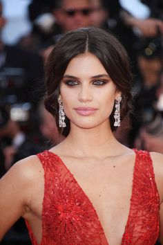 Sara Sampaio in #deGRISOGONO jewels attends the 'Ismael's Ghosts ' screening and Opening Gala during the 70th annual Cannes Film Festival at Palais des Festivals on May 17...