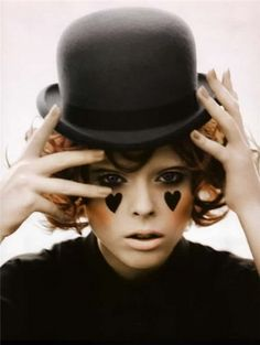 Like this makeup and hat for a mime costume. Thinking this is what I'm going to be this year!