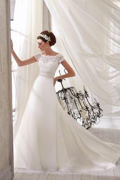 TRENDY MORI LEE-11 abiti da sogno, per #matrimoni di grande classe: #eleganza e qualità #sartoriale  www.mariages.it