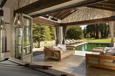 This stunning indoor-outdoor space was completed by Fergus Garber Young Architects. #luxeSanFran