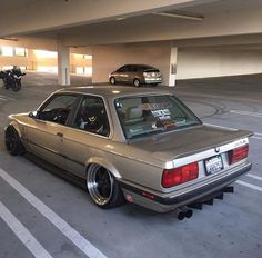 #BMW_E30 #Modified #Slammed #Stance