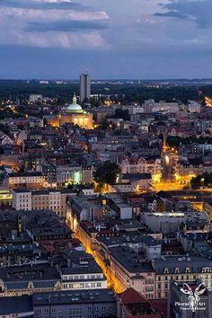 Katowice,Poland I Want To Travel, Us Travel, Poland Cities, Paris Skyline, New York Skyline, Poland History, Heart Of Europe, City That Never Sleeps, Most Beautiful Cities